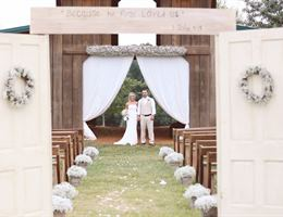 Lazy Acres is a  World Class Wedding Venues Gold Member