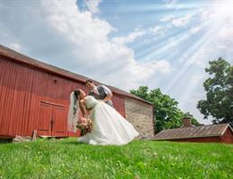 Barn At Stratford is a  World Class Wedding Venues Gold Member