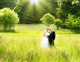 Dancing Deer Mountain is a  World Class Wedding Venues Gold Member
