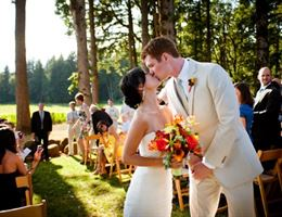 Vista Hills Vineyard is a  World Class Wedding Venues Gold Member
